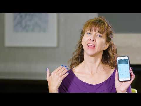 Kathleen staunt über ihr Hörerlebnis mit ihrem Cochlear™ Upgrade-Soundprozessor.