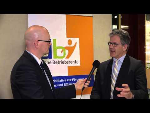 Interview Dr. Marco Arteaga, DLA Piper zum Rechtsgutachten zum Sozialpartnermodell in der bAV
