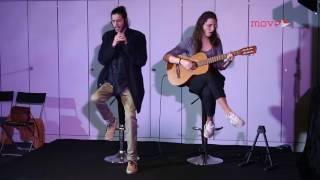 Salvador Sobral (voz) e Luísa Sobral (guitarra) interpretam 'Amar Pelos Dois'