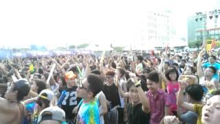 Everybody Fucking rave!!!