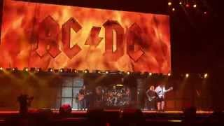 AC/DC - Highway to Hell (Front Row @ Coachella 2015 Weekend 2)