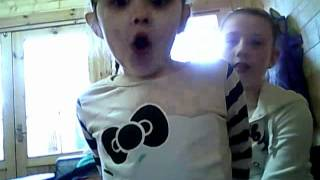 My baby cousin singing 3 years old