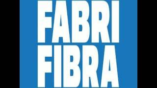 """Fenomeno"". Fabri Fibra. Anteprima a Radio Deejay."