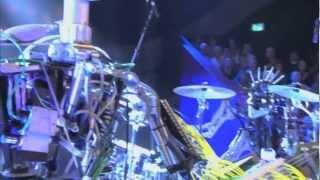 Robots que tocan heavy metal Compressorhead - cover de AC/DC -TNT.