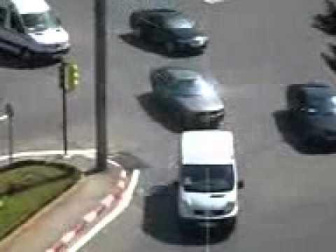 موكب الرئيس الروسي عند زيارته الجزائر ,,500 سيارة امن