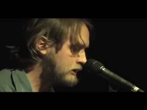 hayes-carll-its-a-shame-live-tag-simler