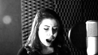 Como Nossos Pais (cover a capella) em estúdio