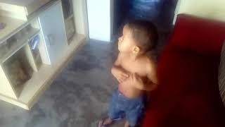 CRIANÇA DE 3 ANOS DANÇANDO FUNK MC KEKEL