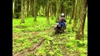 Yamaha DT 125 - po dešti (1080p)
