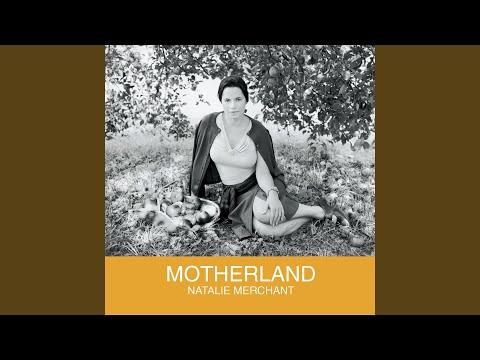 Golden Boy de Natalie Merchant Letra y Video