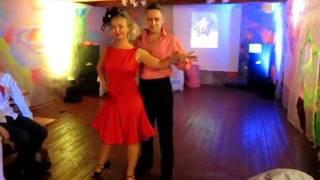 Keep on dancin'!
