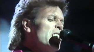 Cliff Richard & The Shadows - Move It.