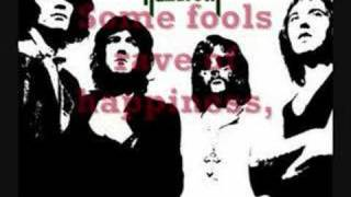 Nazareth - Love Hurts Lyrics