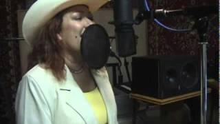 La Rancherita sings Country Girl.avi