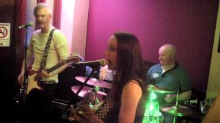 LIVE@O'CONNORS - Step it out Mary - Caroline Jamieson
