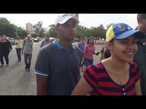 Continúan protestas en el Zulia contra toma de posesión de Maduro.
