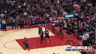Norman Powell dunks on Anthony Davis