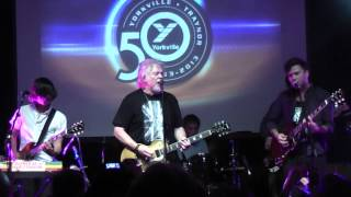 "Randy Bachman and the Arkells ""Taking care of business"" Live"