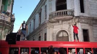 Enrique Iglesias ft Descemer Bueno - Súbeme la radio