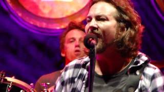 "Pearl Jam ""Elderly Woman Behind the Counter in A Small Town"" - Noblesville, IN"