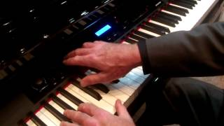 Kraft Music - Kurzweil MPG200 Digital Baby Grand NAMM 2014
