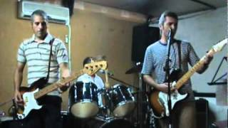 Man in the corner shop - The Bobby Royals (The Jam cover) .avi