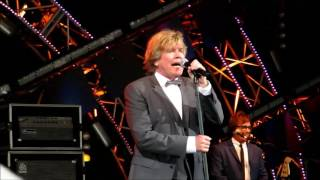 """@Epcot - Herman's Hermits """"There's a Kind of Hush"""" May 21, 2017"""