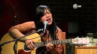 Carla Morrison   Dejenme Llorar El Timpano Once Tv 23 06 2012