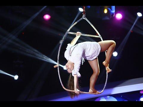 """Loren Cristea, cea mai mica artistă a circului """"AS"""", pe scena de la Next Star"""