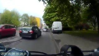 Łódź: Autko postawię na chodniku!