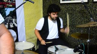 Los Escarabajos: All I've Got To Do (live rehearsal) [WTB]