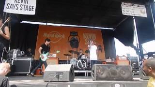 The Fire Down Below (Live) - Slaves (Darien Lake Warped Tour Buffalo)