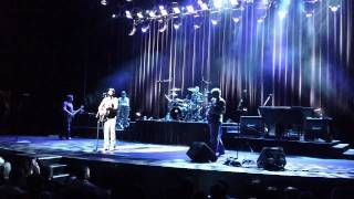 Hootie and The Blowfish Running From an Angel Live@ Grath Brooks Theater Las Vegas