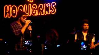 Bruno Mars Gets Nasty [Live]