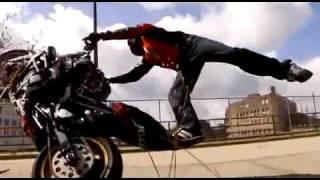 cascadeur de moto