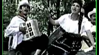el errante 1984) sonia y carlos musica guasca o de carrilera de antioquia colombia
