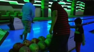 Bowling Skills at R-City Mall