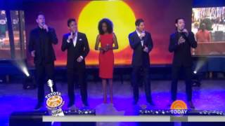 "Il Divo & Heather Heatley ""Can you feel the love tonight"""