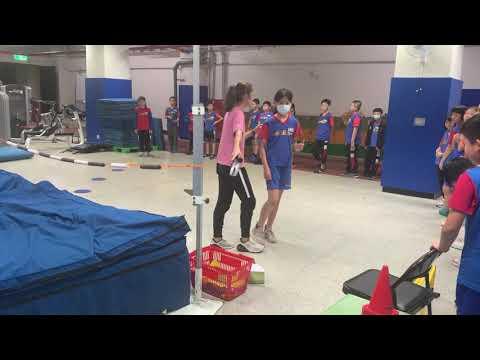 體育課跳高練習之一 - YouTube