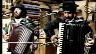 PORCA VEIA E OS TROPERITOS NO GALPÃO CRIOULO 1988