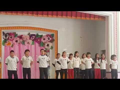 107學年旗山國小英語歌唱比賽(五孝) - YouTube