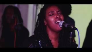 Touch Me-Mel C (Semi-B Live @ Urban Garden)