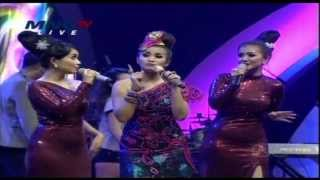 FITRI CARLINA Feat YOUBI SISTER Live At Music Extra (12-12-2013) Courtesy MNC TV