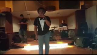 Juan Michel la Voz gemela de Juan Gabriel  - Ensayo