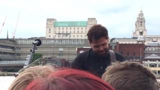 Passenger - Let Her Go (Busking live in London)