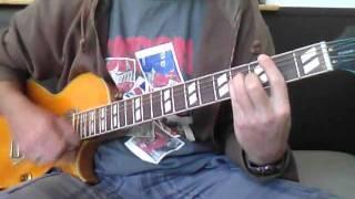 Blur sing on guitar