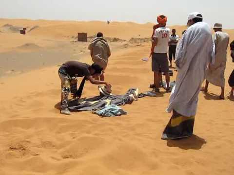 Bain de sable à Merzouga  2009