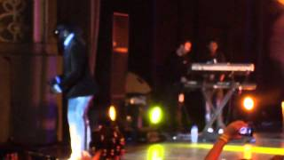 C4 Pedro feat Nelson Freitas- Bo Tem Mel- Ao vivo no Coliseu dos Recreios 2013