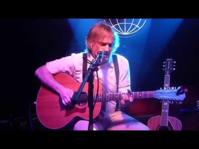 """Vídeo de Sid Griffin interpretando en concierto su canción """"I Want You Bad""""."""