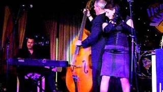 LAURA B & MOONLIGHTERS HENRI HERBERT BOOGIE WOOGIE KEYBOARD SOLO HEMSBY 42